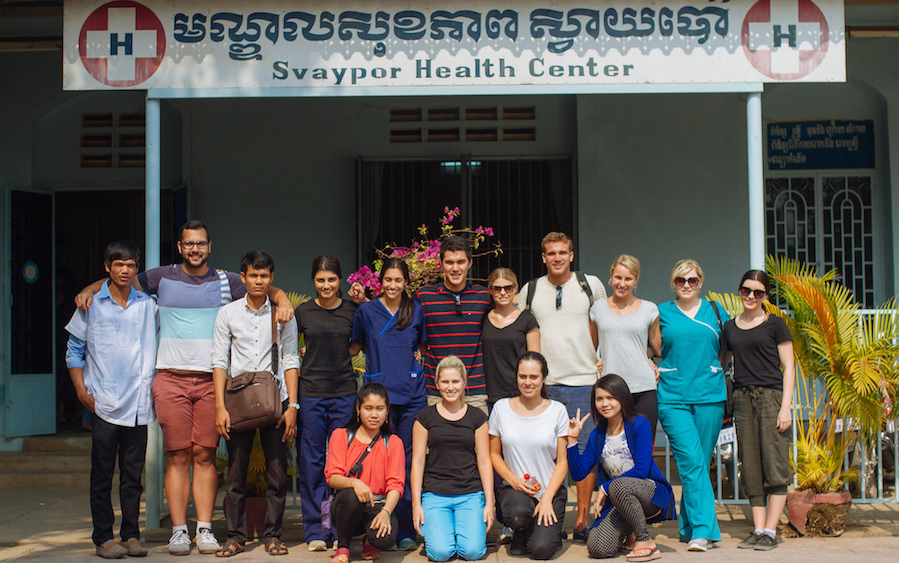 How to Deal with Challenges While Volunteering Abroad